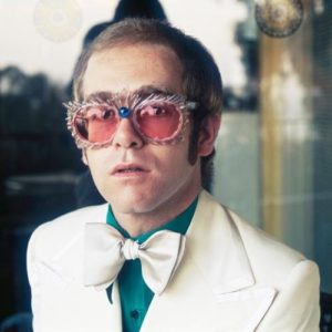 Elton in Lounge Outfit
