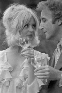 Goldie Hawn and Peter Sellers 3