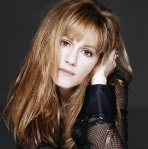 Holly Hunter Black Sleeves